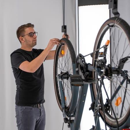bike pull-up suspension system